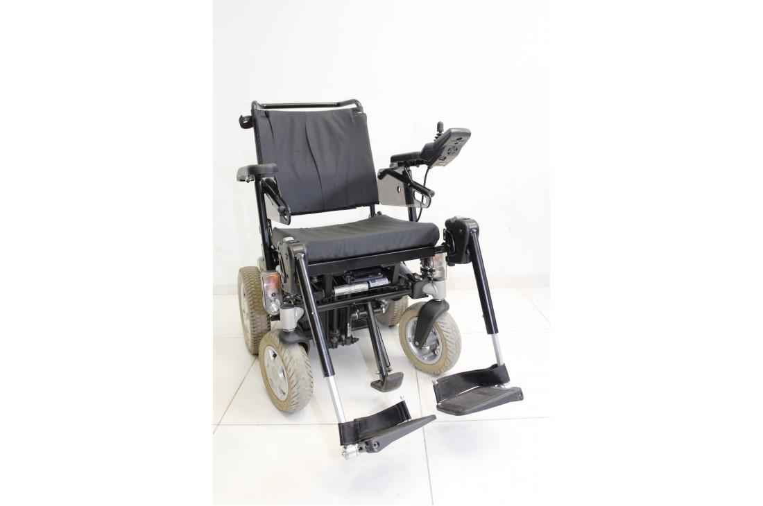 Elektryczny wózek inwalidzki Invacare Storm 3 6km/h