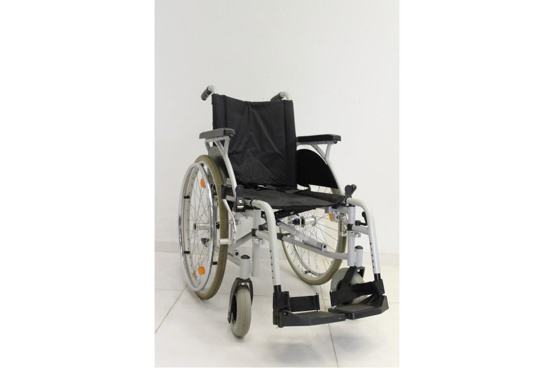 Wózek inwalidzki Sunrise - szerokość siedziska 40 cm | 340