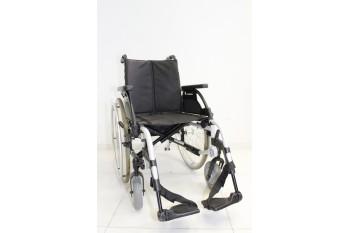 Wózek inwalidzki Sunrise - szerokość siedziska 42 cm | 347