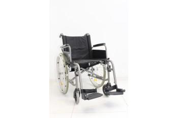 Wózek inwalidzki Bischoff & Bischoff - szerokość siedziska 45 cm   356